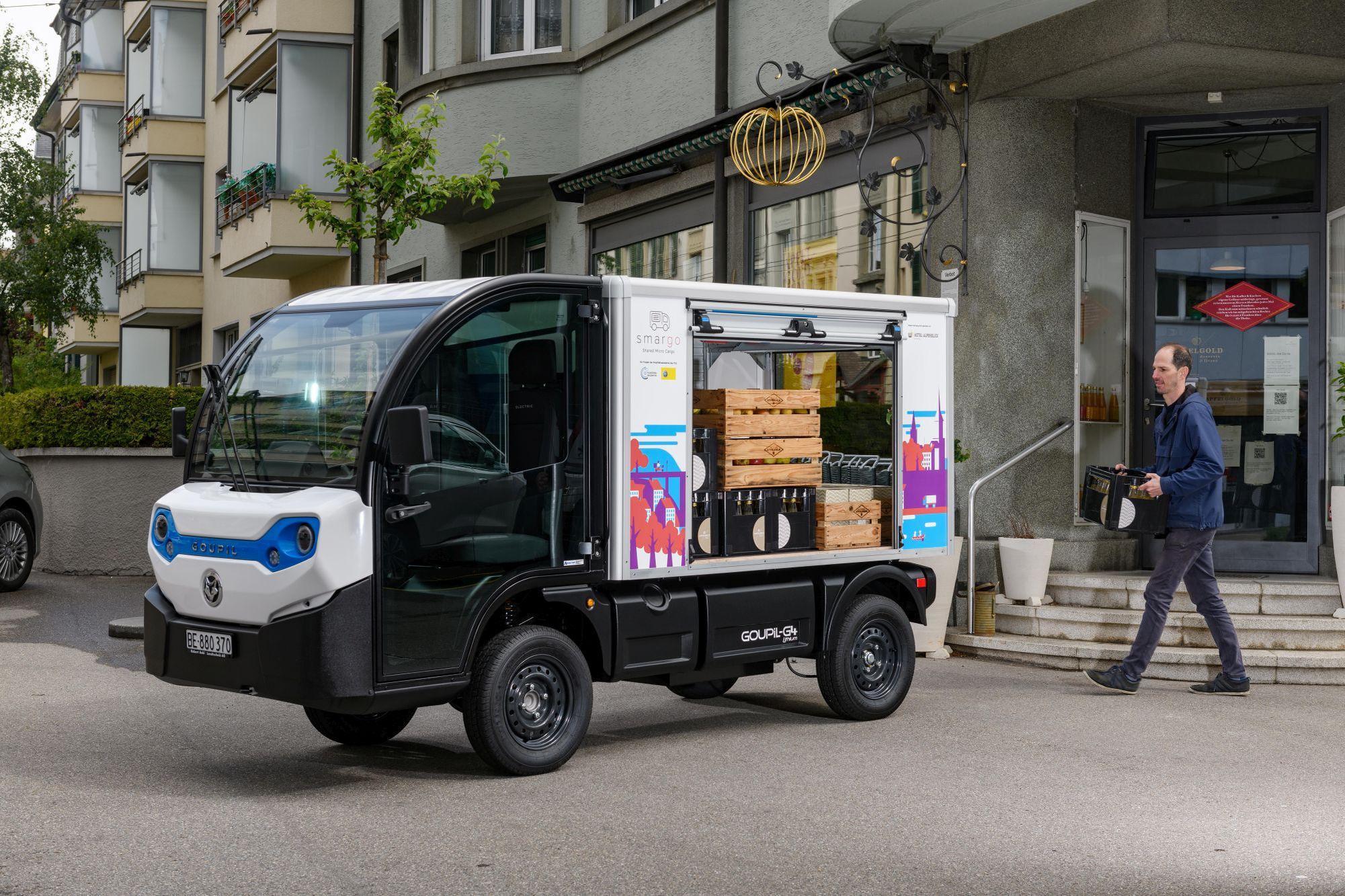 In Bern, Basel und Lausanne können ein elektrisch betriebener Kleinlieferwagen … Smargo