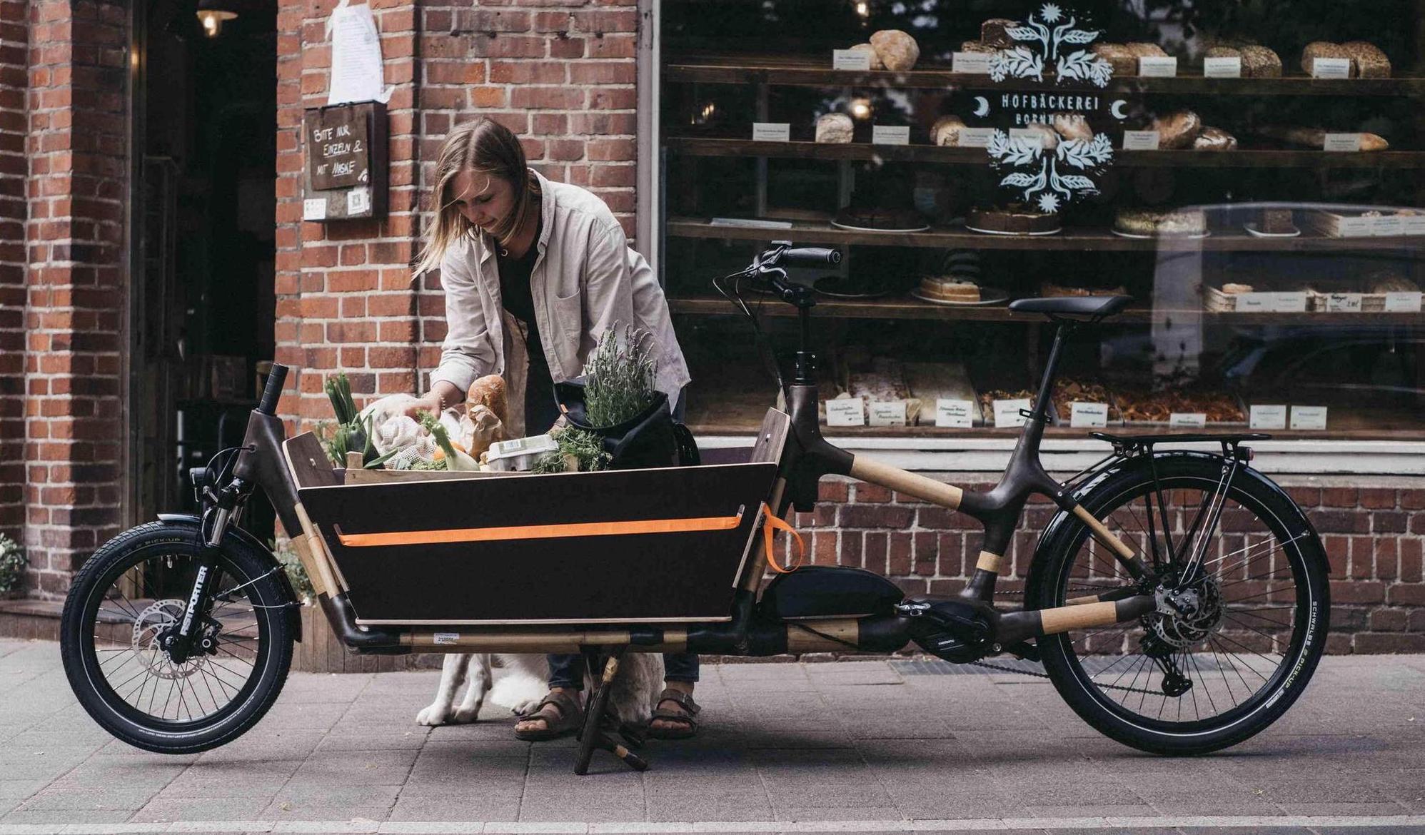 Speziell, aber praktisch: Cargo-E-Bikes, hier ein Lastenrad mit Bambusrahmen von MyBoo. MDR / Robert Strehler