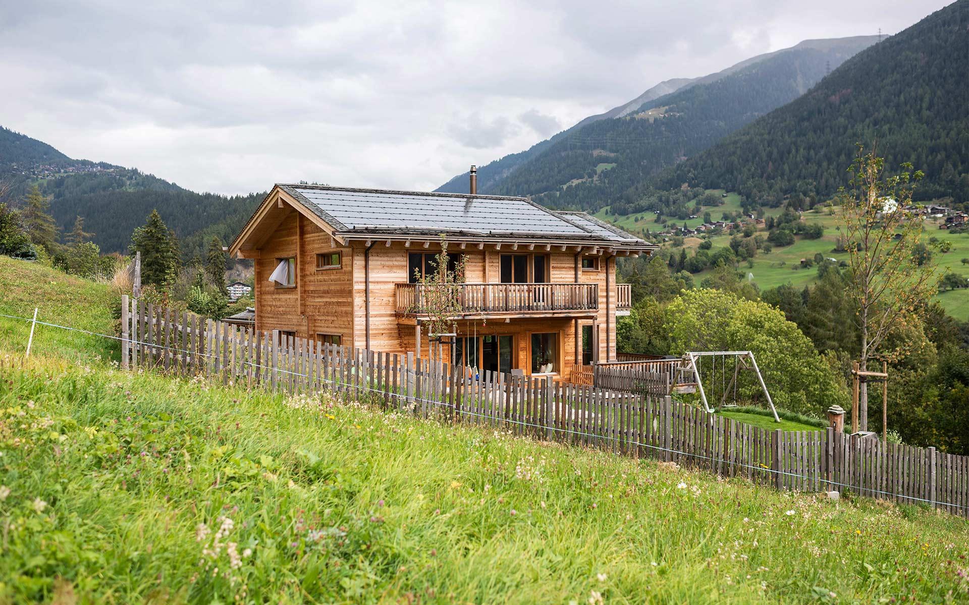 Der Strom für das «Mondhaus» kommt von der Photovoltaikanlage auf dem eigenen Dach.