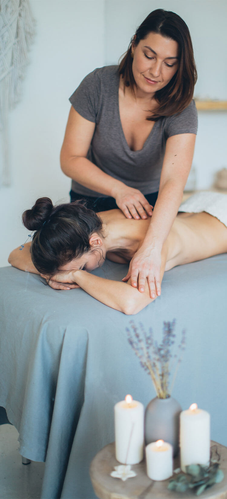 getting a massage as part of substance abuse recovery