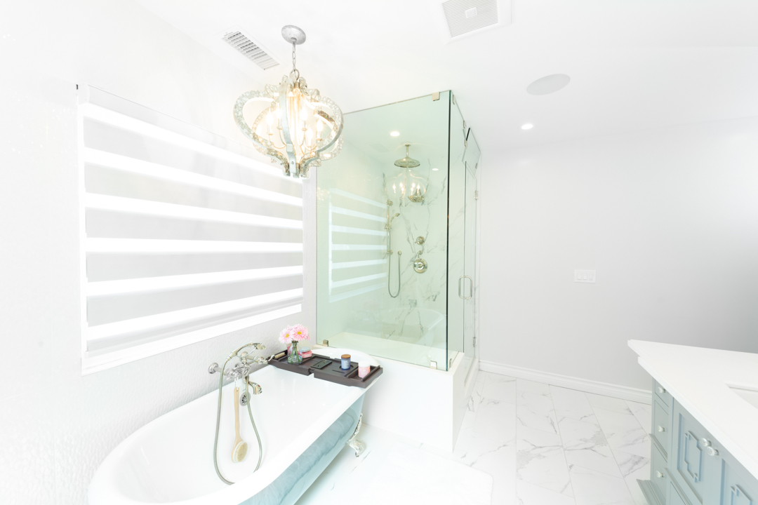 Shot of the bathroom in one of the rooms at hhr.
