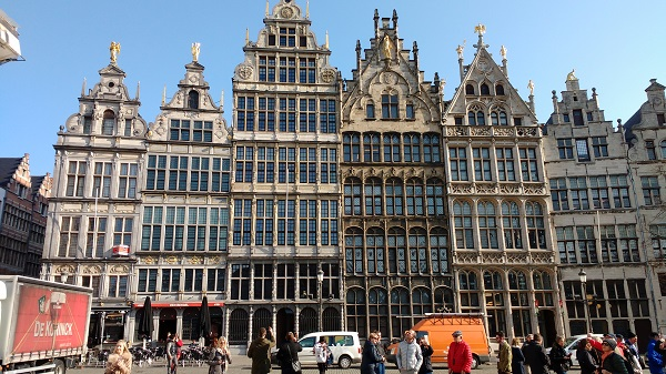 Antwerp Houses