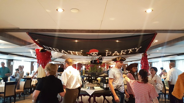 Amadeus Silver II Pirate Party
