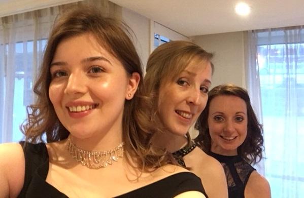 Rayleigh, Carley and Hannah Evening AmaKristina