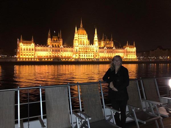 Beth Hungarian Parliament Building