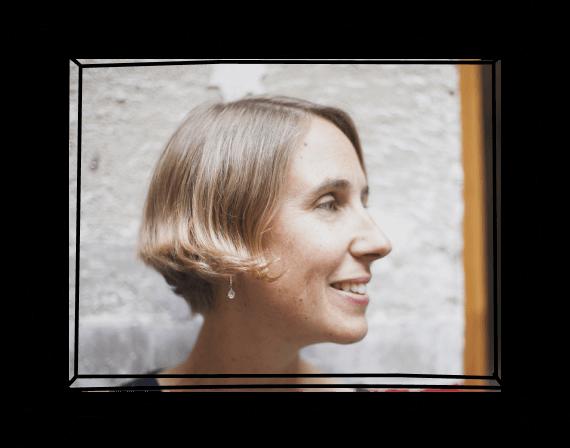 Photographic portrait of Lisette Sutherland