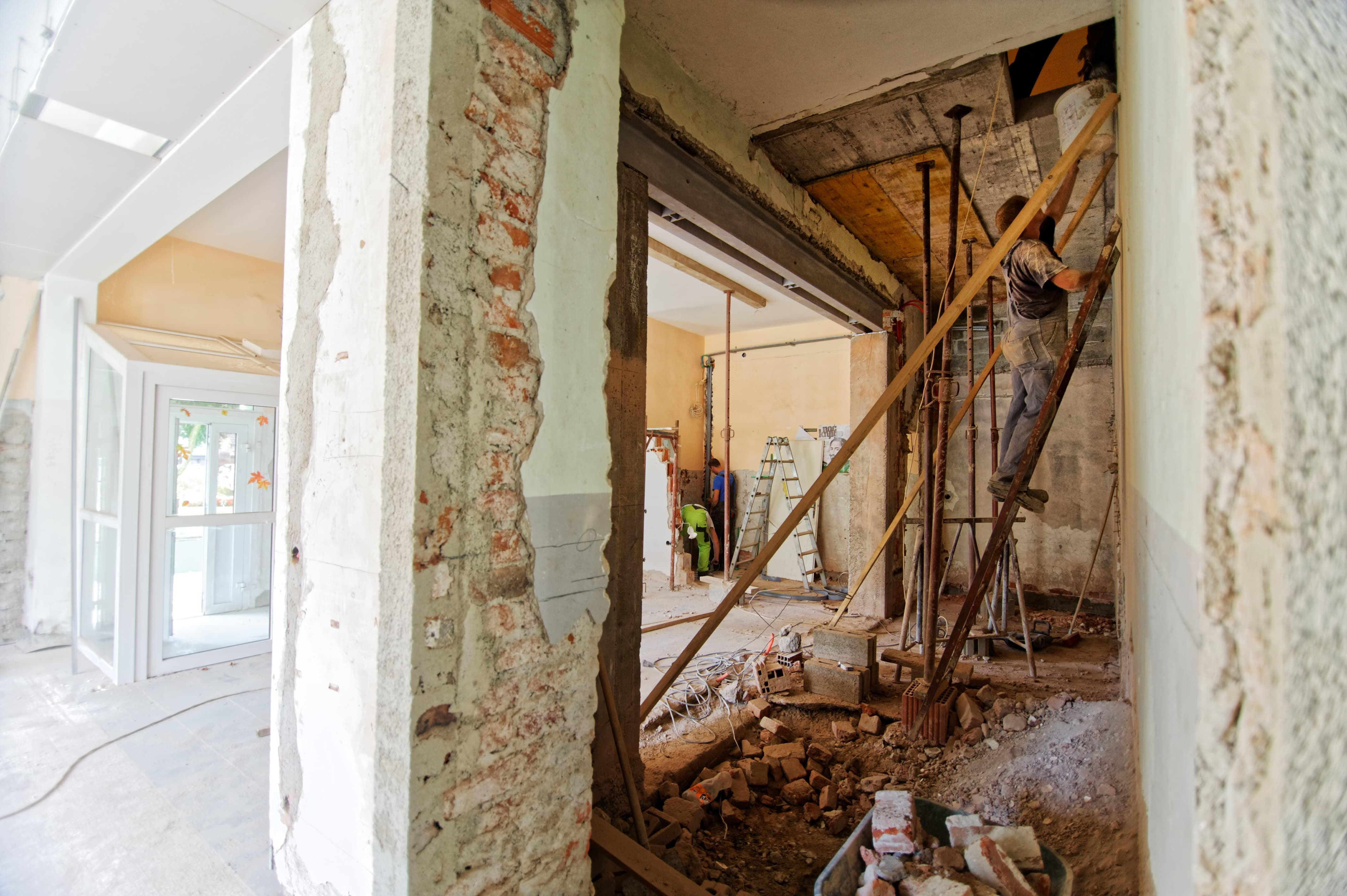 outsourcing app development like outsourcing home renovation