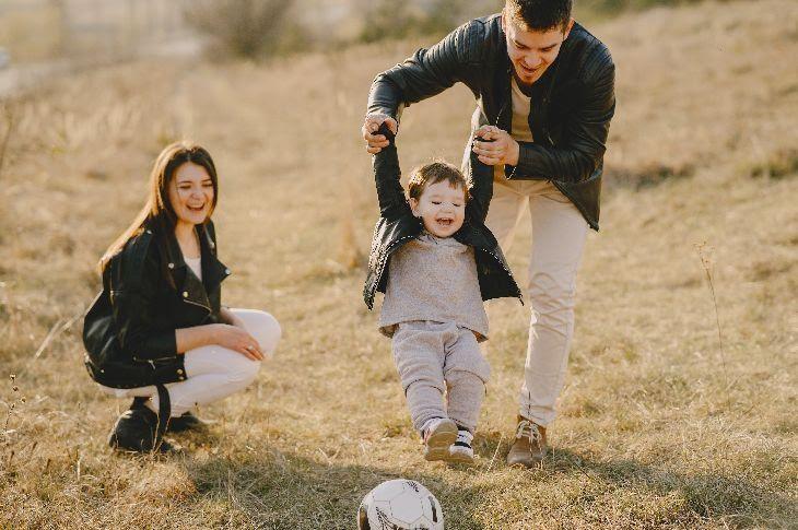 Aktīvā atpūta kopā ar ģimeni – 10 idejas aizraujošiem piedzīvojumiem