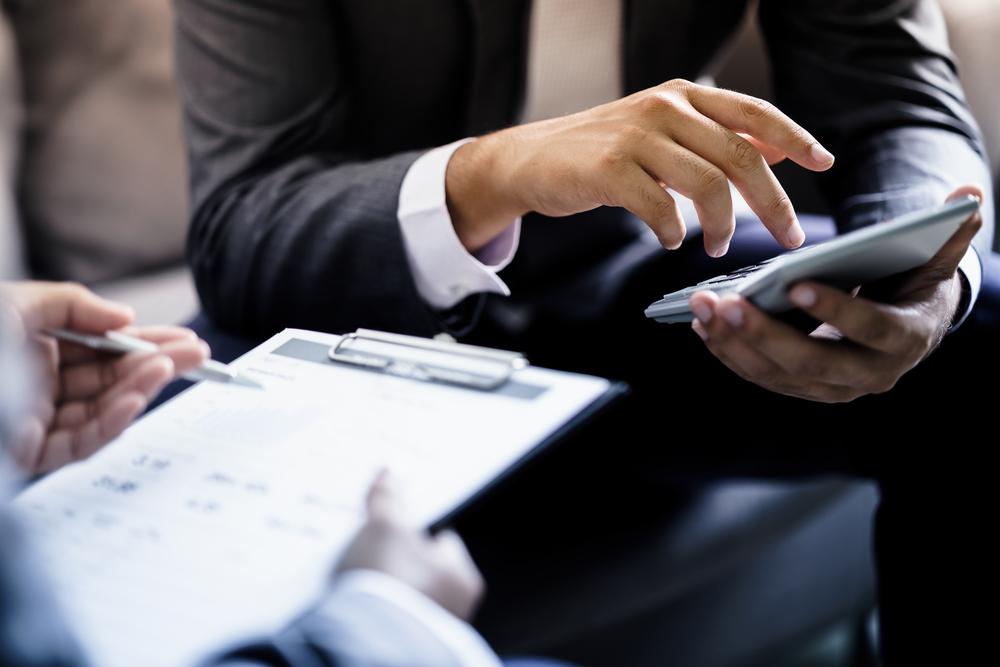 business man writes reviews online