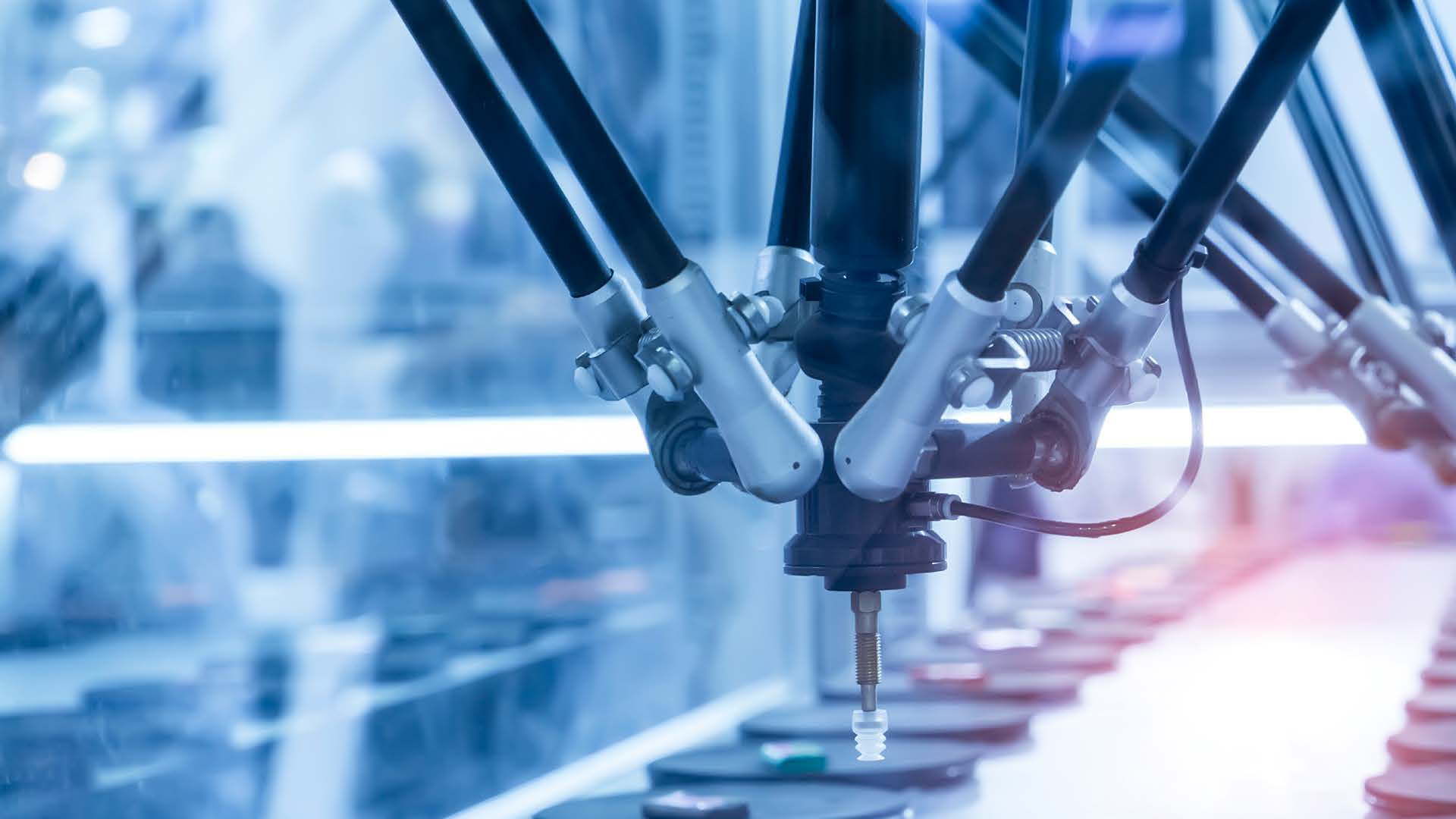 Accelerating Digital Transformation in Manufacturing with Configuration Lifecycle Management (CLM)