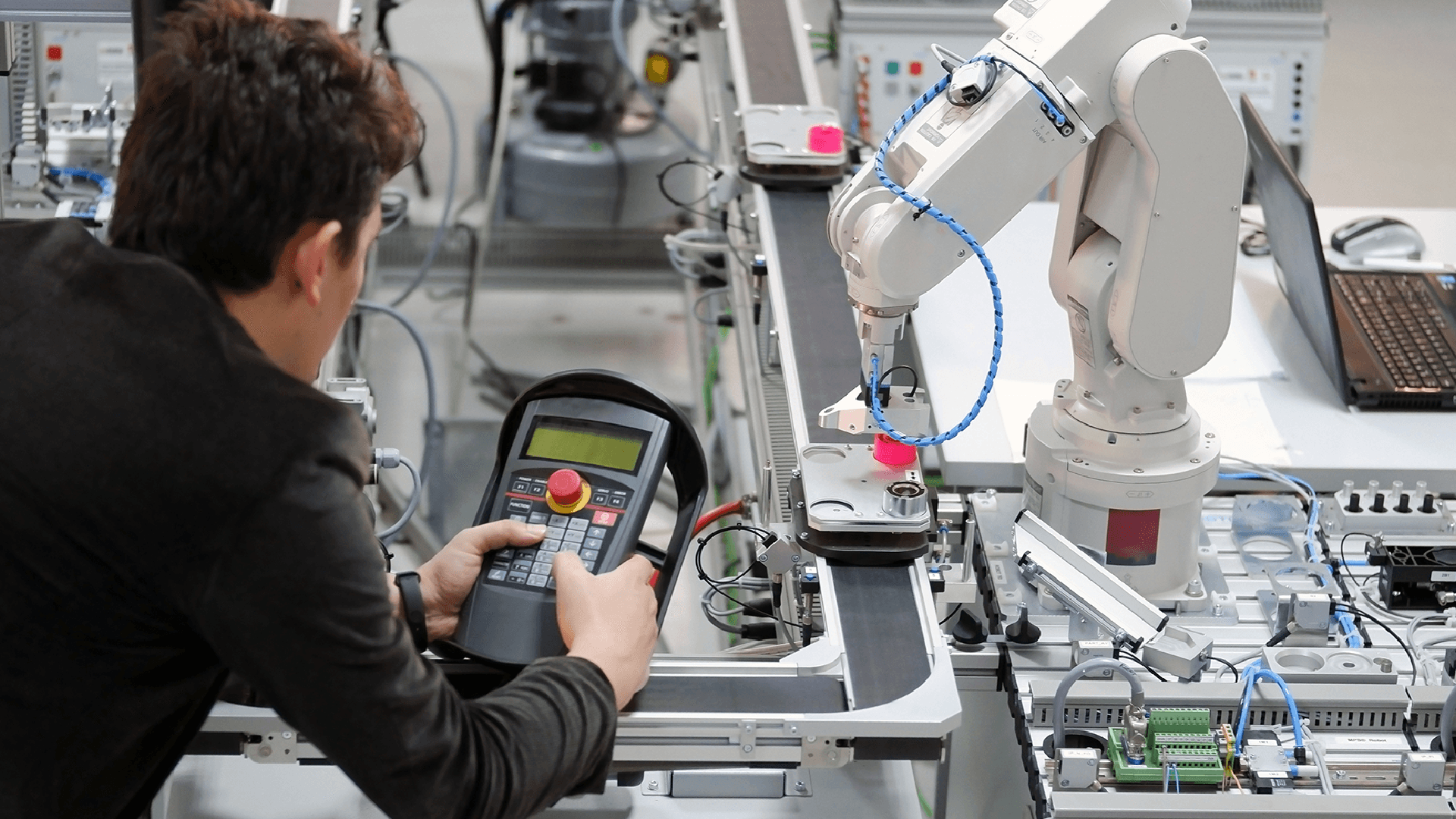 Go Modular: Taking Automation to New Places on the Factory Floor