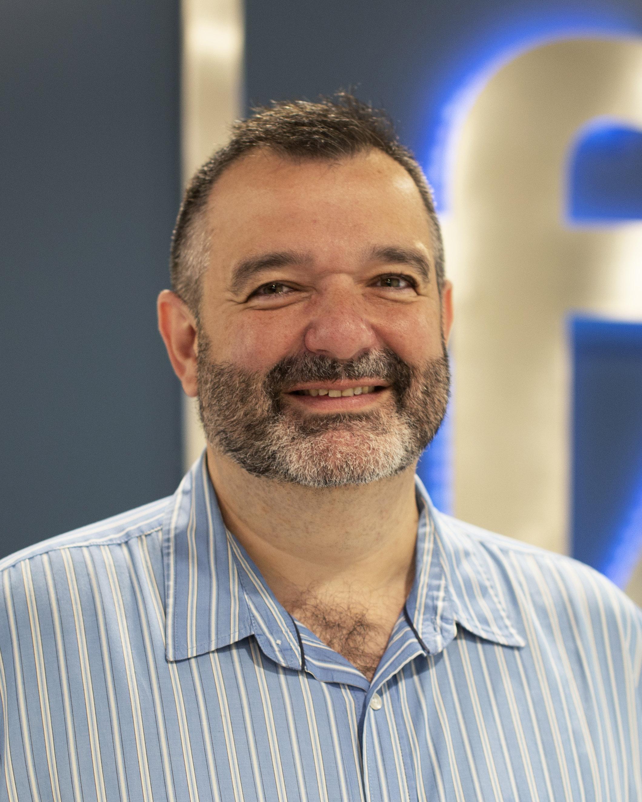 Mike Manzi, Feyen Zylstra