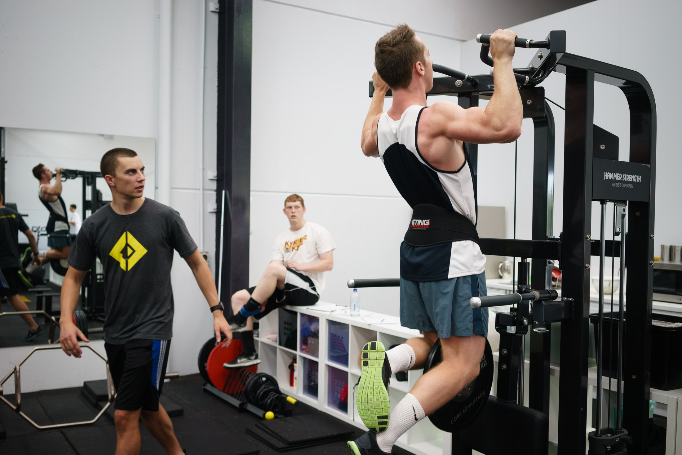 How to do a Chin Up & Pull Up Properly: The Problem and Solution