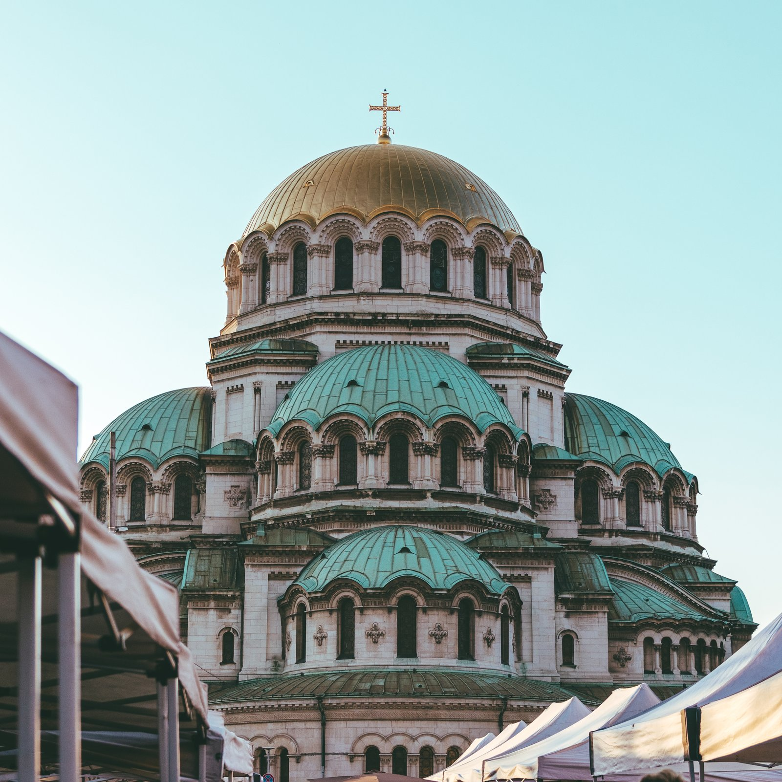 green and brown dome church during daytime