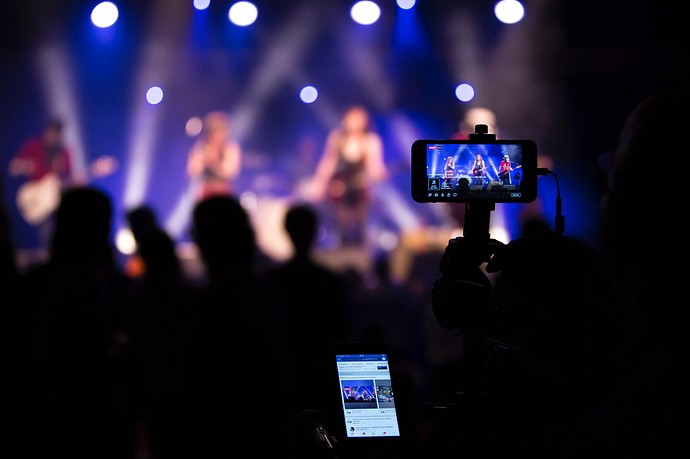 5 Tips For Engaging, Enjoyable Live Streaming