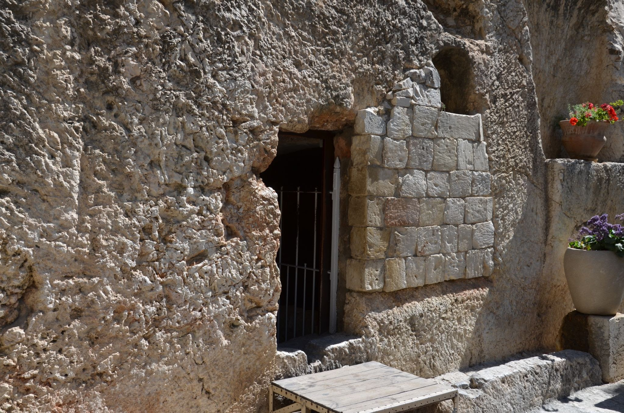 A tomb in Jerusalem representing the place of Jesus' resurrection