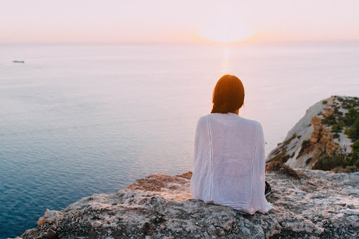 Learn all about how mindfulness is a useful tool in bringing clarity into our lives.