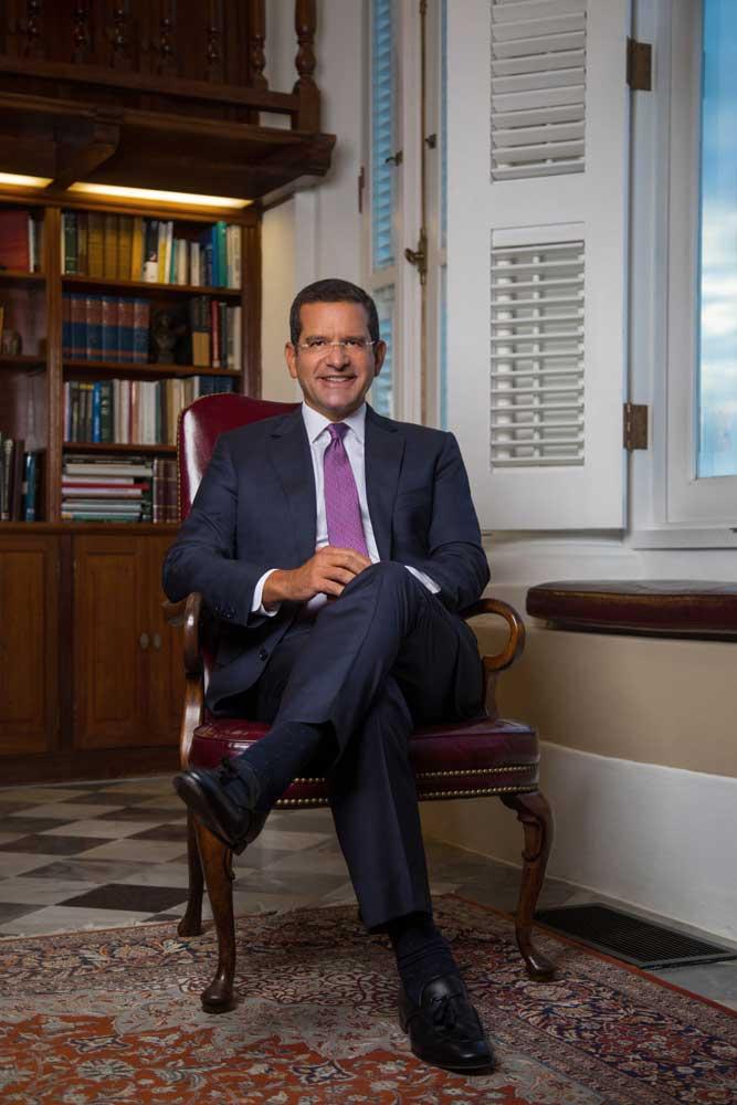 Foto Oficial del Gobernador de Puerto Rico, Pedro Pierluisi