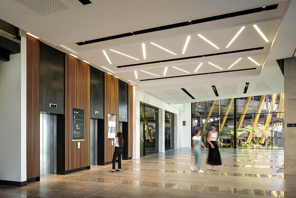 Digital Dashboard in the lobby tracks live energy usage