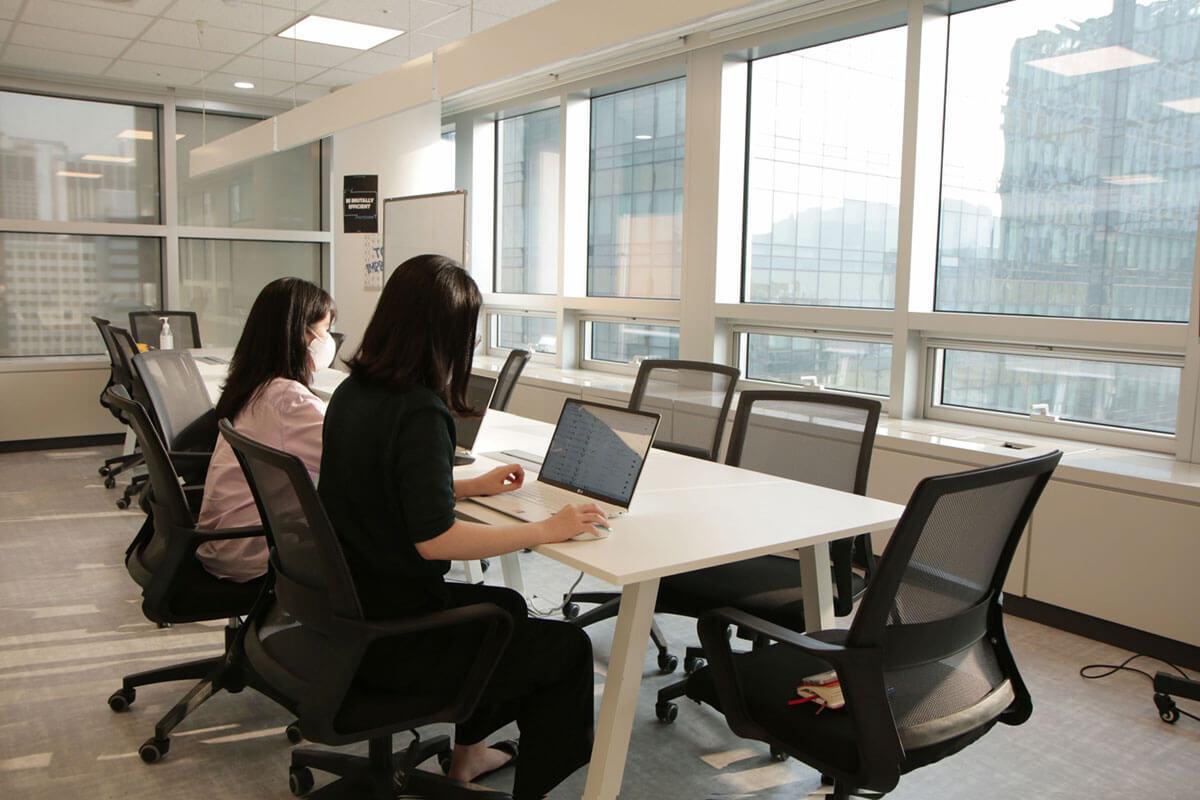 Adriel Space - Meeting Room