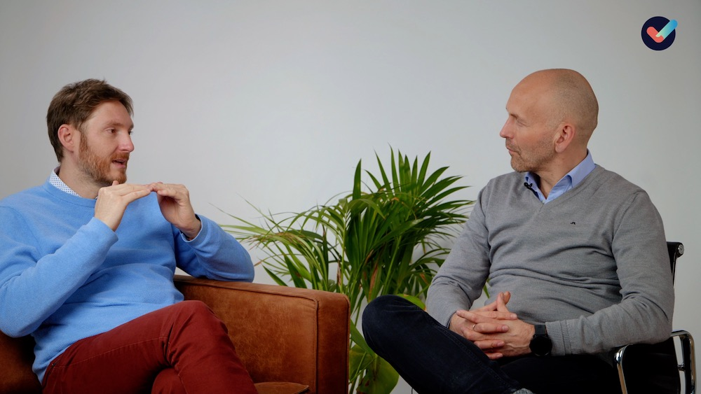 Svein og Hans Andreas snakker om hvordan kan vi løse problemer innenfor vår kontroll, og hvordan kan vi forholde oss til problemer utenfor vår kontroll?