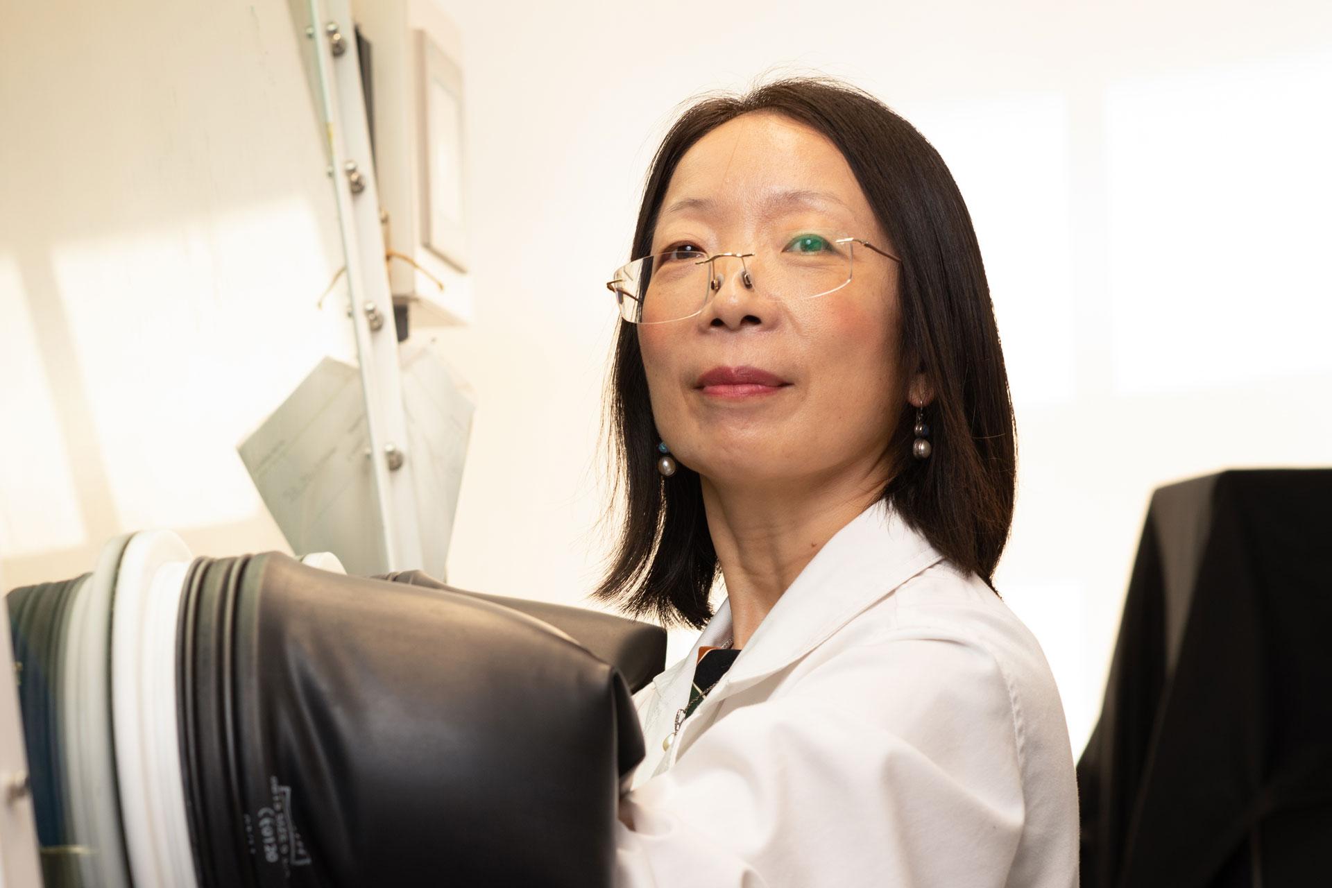 Hongxia Wang