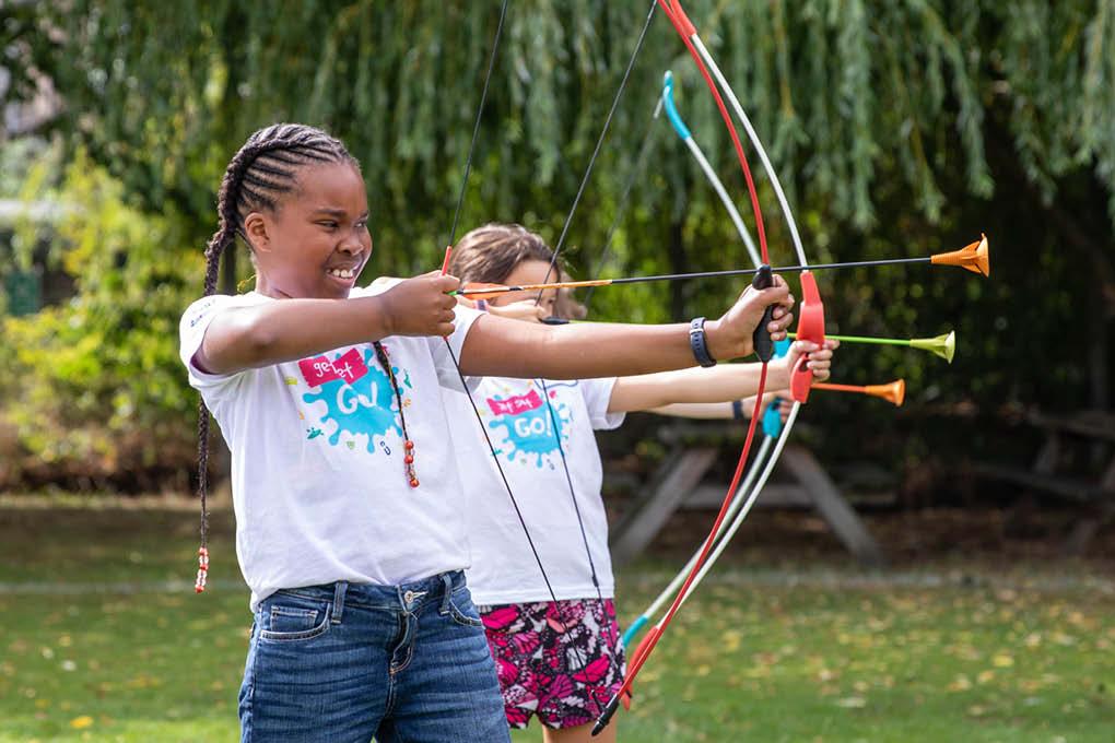 3 children archery