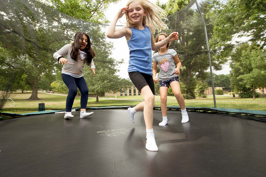 Trampolining 2 children
