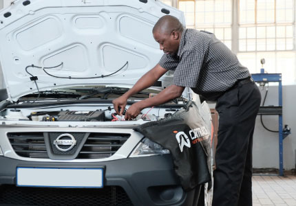 Highly trained in-house fitment technicians ensure you that the fitment of your car tracking device is completed with quality craftsmanship.