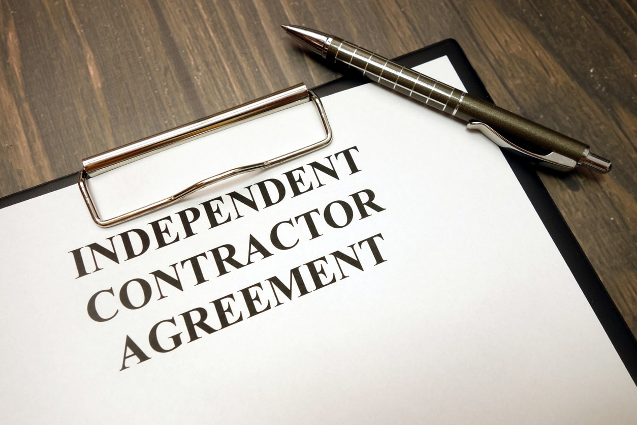 What is a contractor? Image of an independent contractor agreement