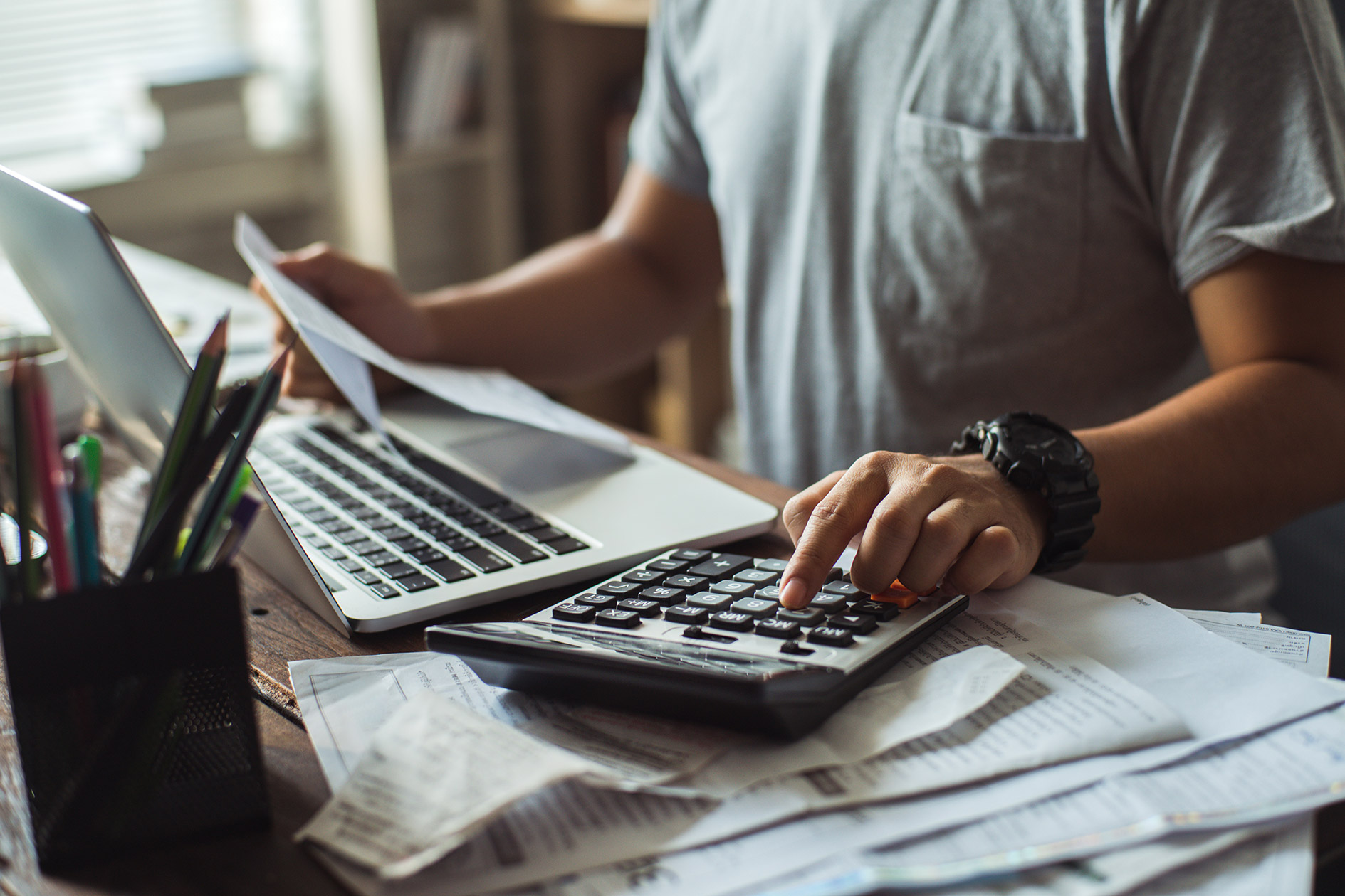 How do you chase an unpaid invoice?
