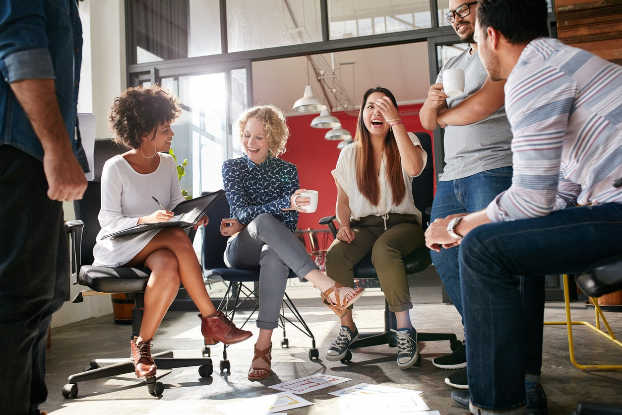 Why Working Collaboratively Is Good For Your Business, image of people working together | Crunch