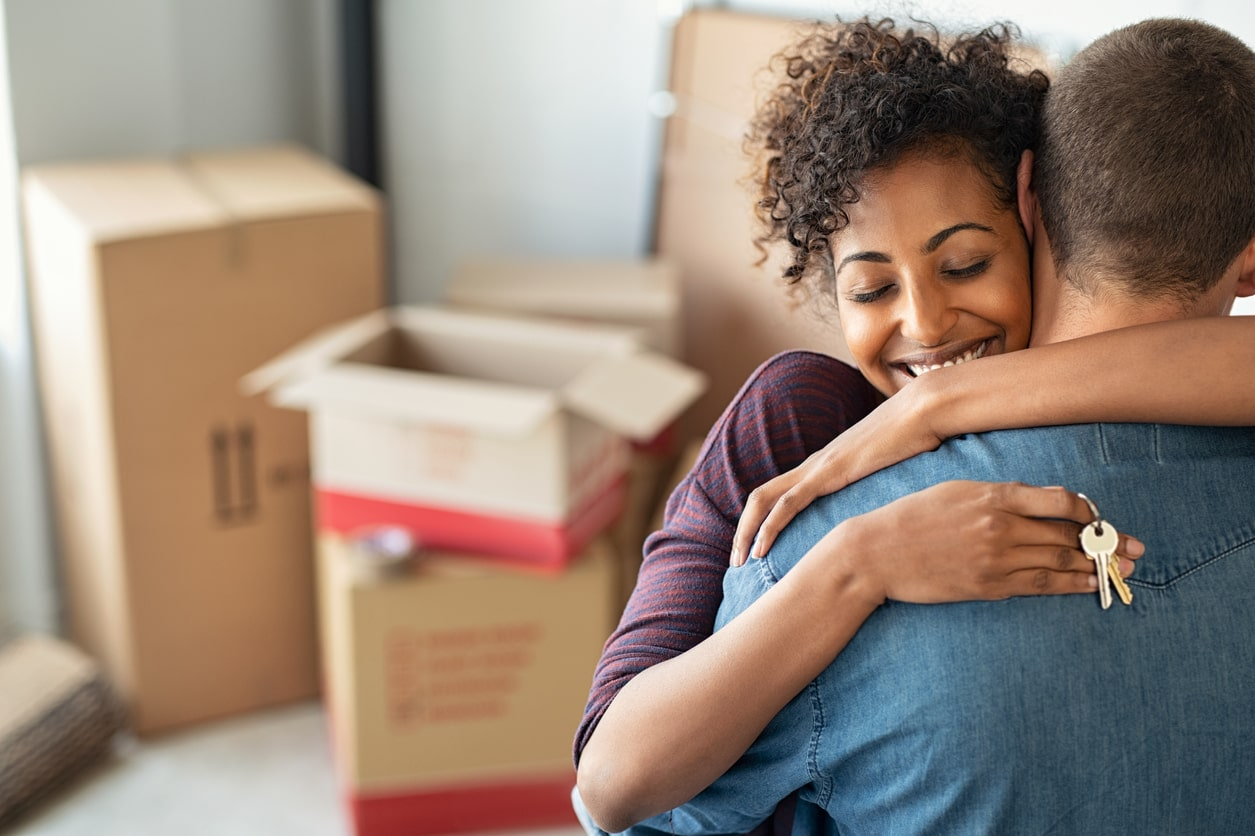 Crunch Mortgages Succeeds Where Other Brokers Failed, image of a couple moving into a house | Crunch