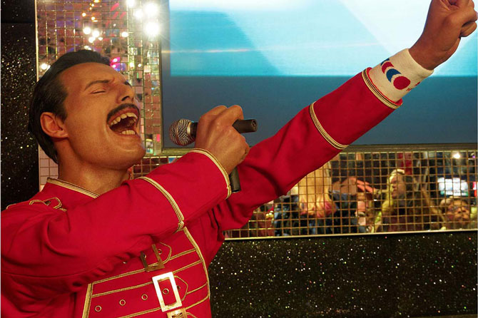 Want to break free(lance)?, image of a Queen tribute act   Crunch