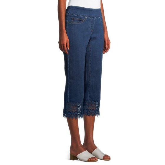 Pull-On Lace Hem Capri Jeans