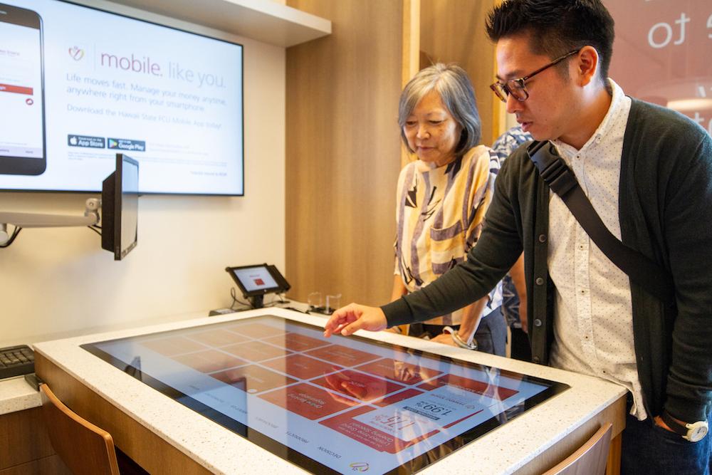 Interactive digital engagement_banking_Intuiface