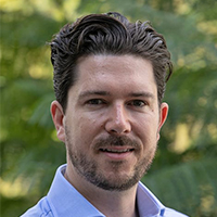 Byron Rowe, Managing Director of Busways headshot