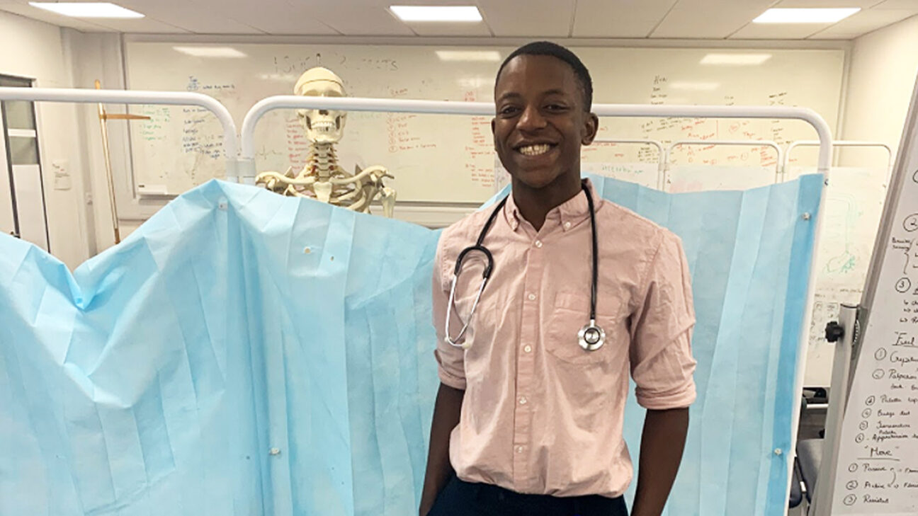 This Med Student Wrote the Book on Diagnosing Disease on Darker Skin