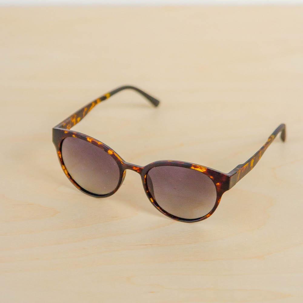 modo avala tortoise cateye sunglasses