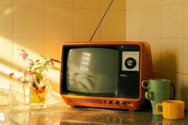 Television, two mugs