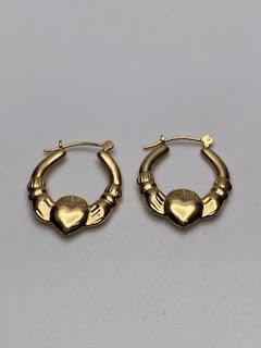 Gold Claddagh Earrings