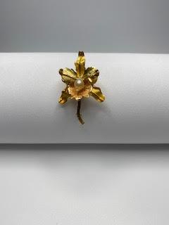 Gold Flower Lapel  Pin w/pearl