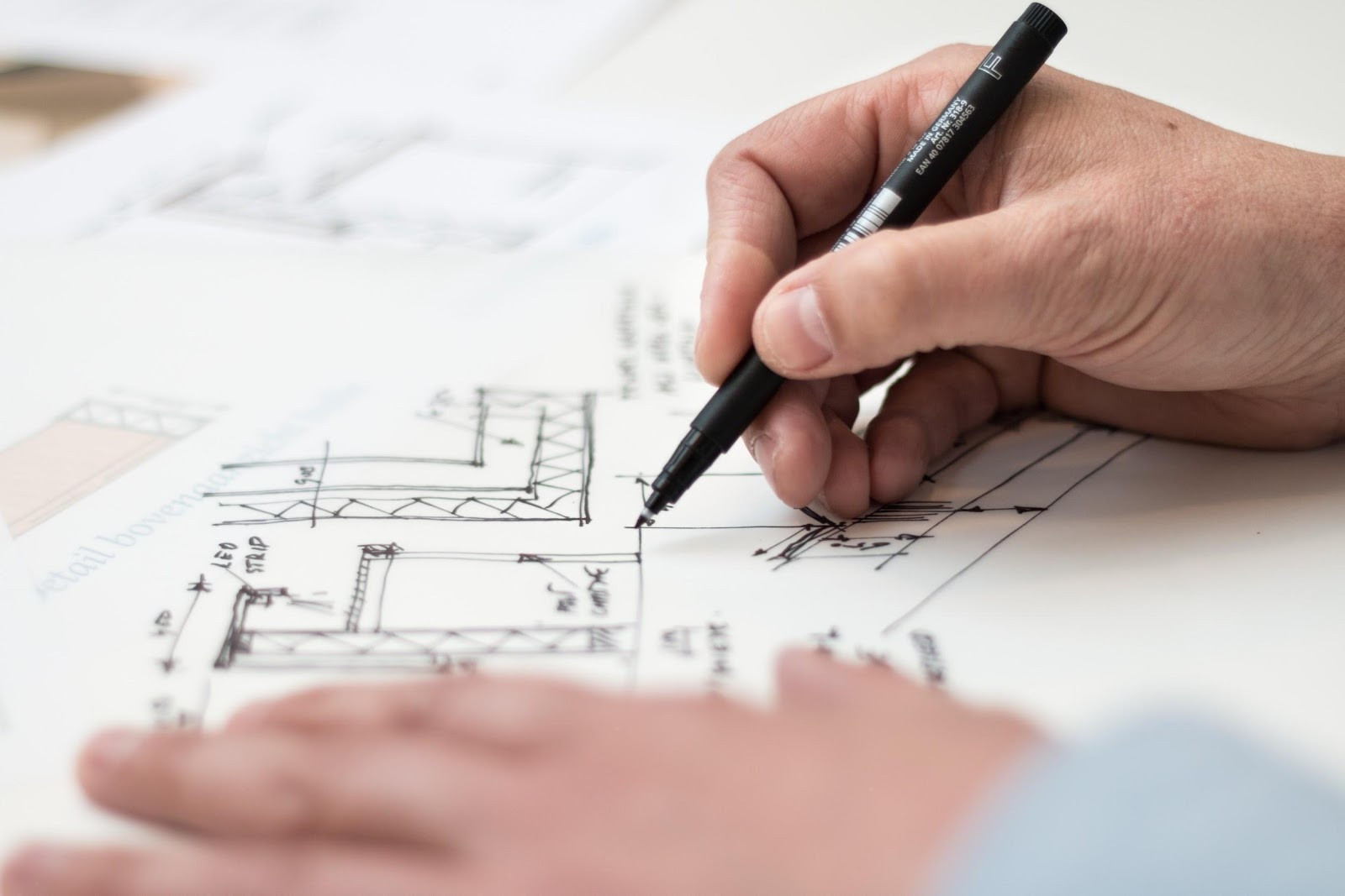 HOW TO DESIGN AN ARCHITECTURE PROJECT