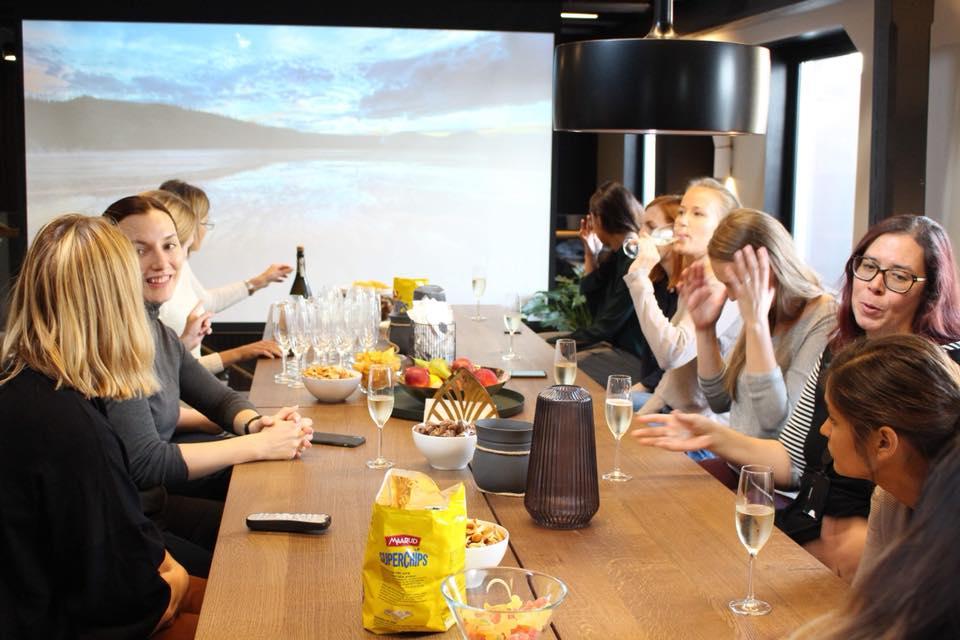 Girl Geek Dinners at Unacast
