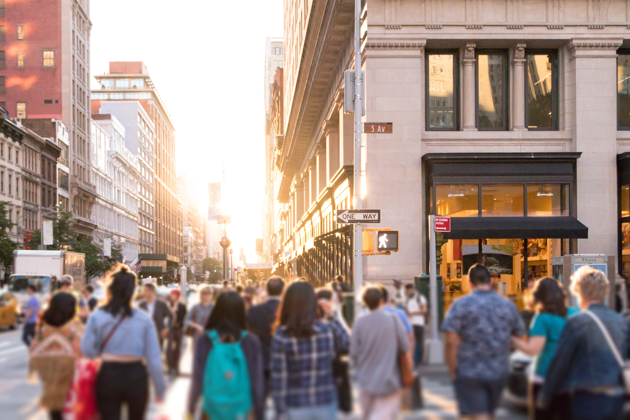 How a Hedge Fund uses foot traffic and location data