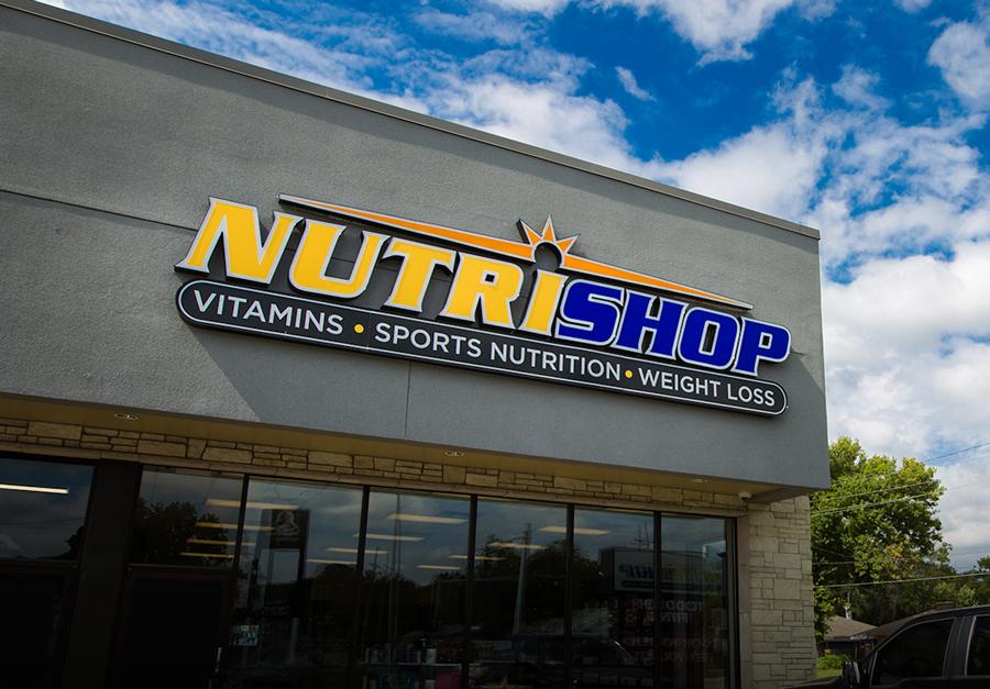 Outside photo of Nutrishop franchise location