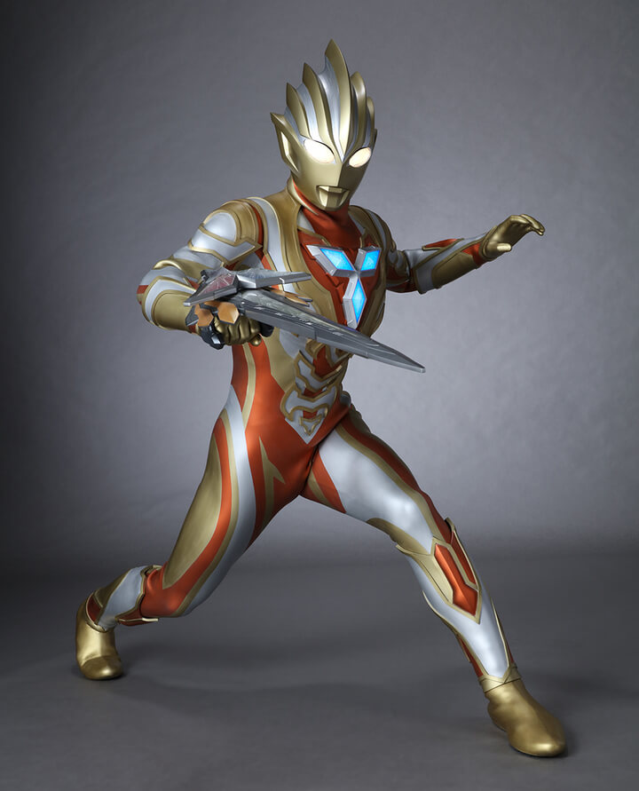 ULTRAMAN TRIGGER GOES FOR THE GOLD WITH GLITTER TRIGGER ETERNITY!