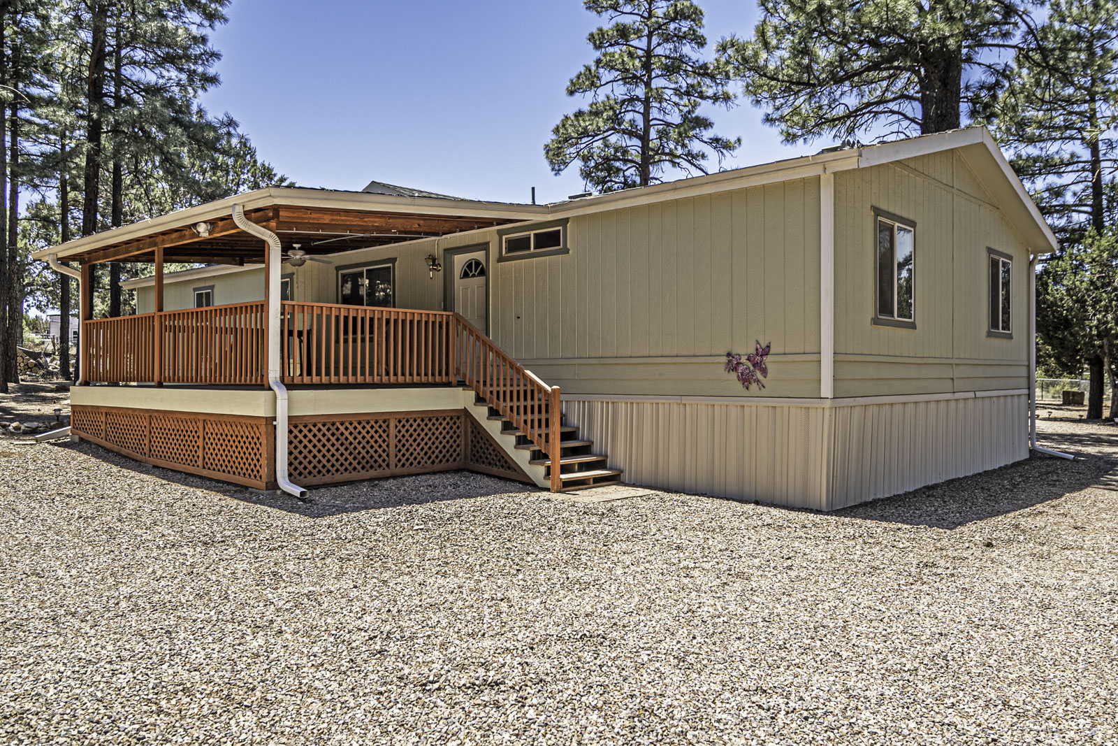 Exceptionally well maintained Show Low 4 / 2.5 - 235692
