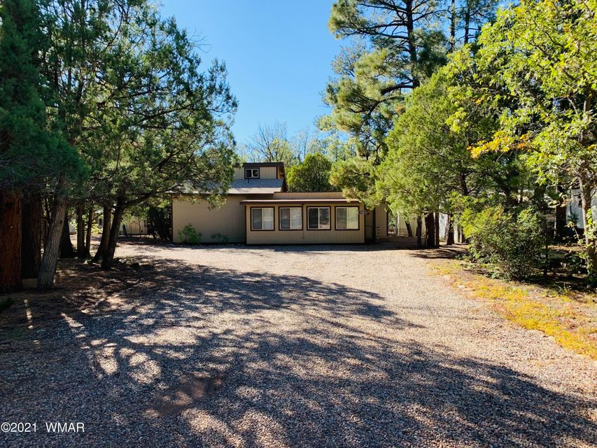 Newly remodeled home in the trees - 238063
