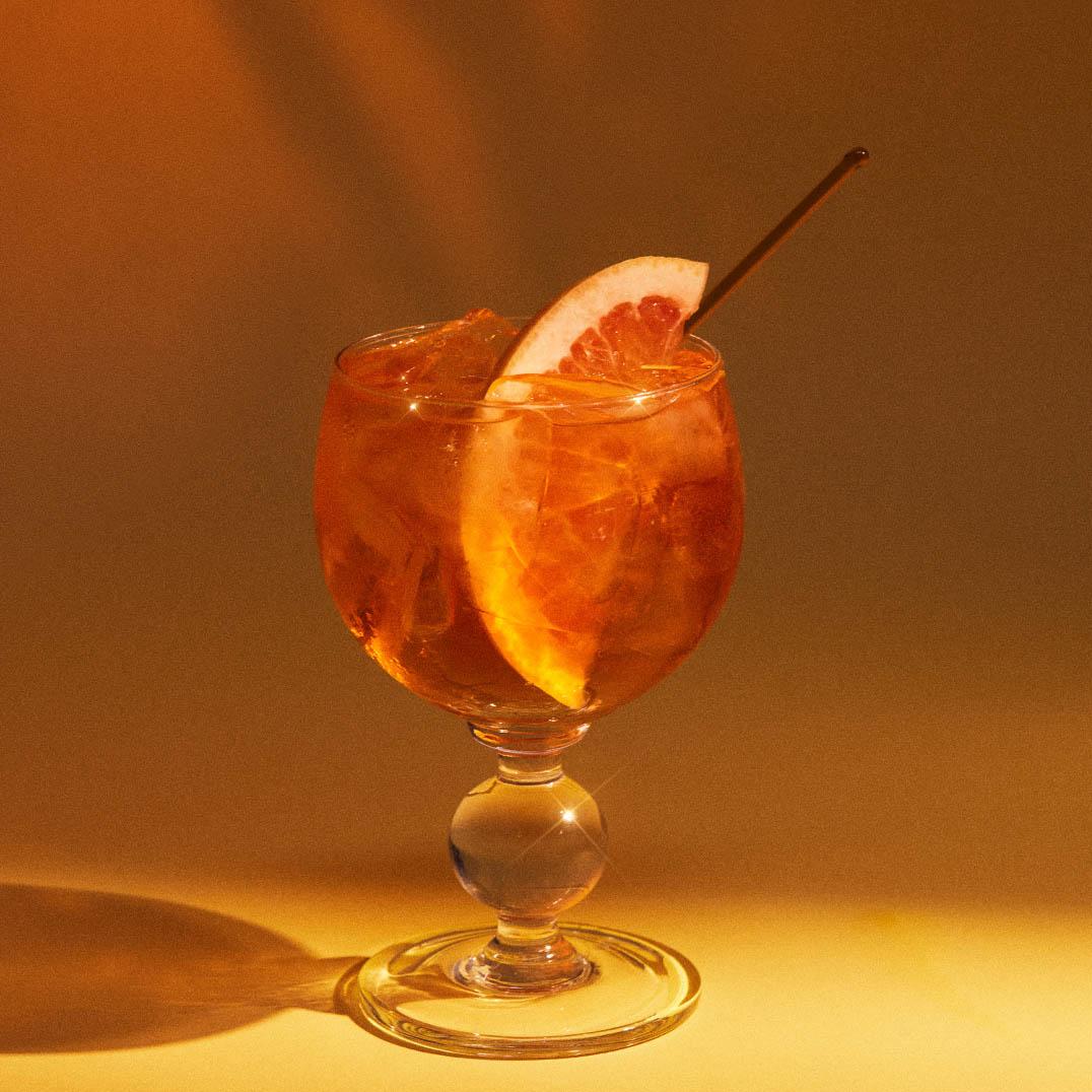 Pink Spritz cocktail